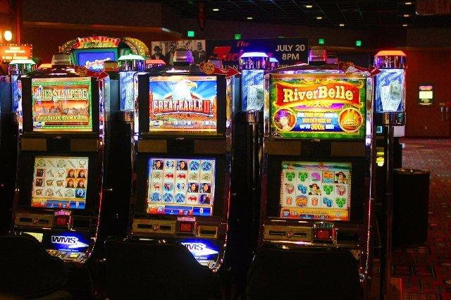 Казино Вулкан 24 — ваш проводник в мир лицензированных игровых автоматов