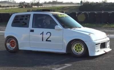Fiat 1995 года получил мощный тюнинг