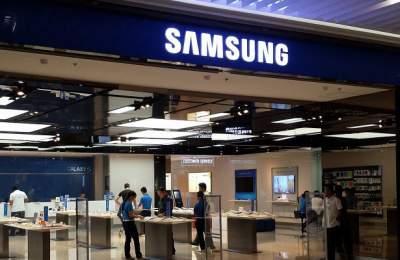 Samsung представил модуль памяти длятелефонов объемом 1TB